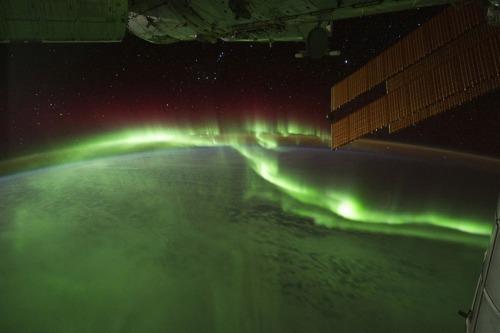 gravity_northernlights
